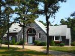 261 - KATAMA VACATION HOME SET AMOUNG ISLAND OAKS & PINES WITH A NICE YARD AND LARGE DECK