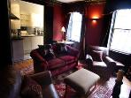The Thistle apt, 250 metres to Princes Street
