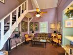 Sunset Suite - Romantic Getaway for 2 - Private Hot Tub - 1/2 Block To Duval
