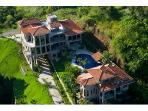 Jaco Beach MEGA Estate & Party Palace -Sleeps 20