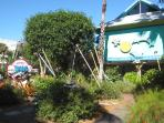 Jungle Drums is a fablous gallery on the walk to the beach in the Village