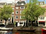Big and Beautiful 4 bedrm apt on Keizersgracht