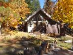 Icicle Chalet: Mtn Views, Hot Tub, Fire & Privacy