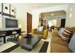 PK10 - Poolside 2 Bed 2 Bath with Private Jacuzzi