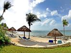 Casa Kim 2 bedroom beachfront condo - Not Available for Christmas and New Year