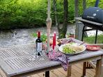 Quincy Creek Cottage - Fish From Your Deck!