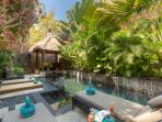 2 mins walk to Beach - Luxury Private Pool Villa