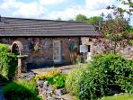 CHERRY TREE COTTAGE, pet friendly, country holiday cottage, with a garden in Soulby, Ref 2253