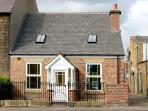 DACRE COTTAGE, pet friendly, country holiday cottage, with a garden in Morpeth, Ref 2116
