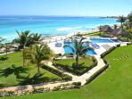 Cancun 3 Bedroom Beachfront Villa - Villas Nizuc