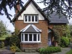 GUN END COTTAGE, family friendly, character holiday cottage, with a garden in Swythamley, Ref 3773