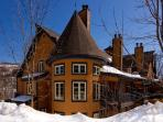 Heavenly 2 Bedroom/2 Bathroom House in Mont Tremblant (Les Manoirs | 110-9)