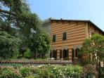 LUXURY VILLA  CLOSE TO  FLORENCE: VALUE FOR MONEY