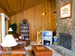 Inviting Sunriver Home Pet-Friendly with 2 Master Suites Near North Entrance