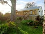 2 CLANCY COTTAGES, family friendly, with a garden in Kilkieran, County Galway, Ref 3707