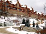 Altitude Ski-in/out 3brs @ Tremblant Resort