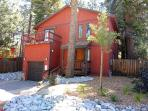 Spacious 4 bdrm house near downtown S. Lake Tahoe