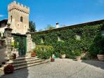 Beautifully restored 16th century Villa di Montelopio with cook and maid service