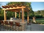 Outdoor Kitchen, Bar, and Grill