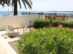 BEACHFRONT TWO BEDROOM APARTMENT WITH  GARDEN - CANNES