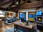 Gorgeous Old Town Luxury Home, Perfect Ski Getaway