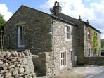 CARN COTTAGE, romantic, character holiday cottage, with open fire in Long Preston, Ref 3979