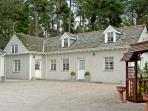 DUNSTAFFNAGE COTTAGE, family friendly, country holiday cottage, with a garden in Grantown-On-Spey, Ref 3958