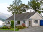 HIGH DOAT, family friendly, country holiday cottage, with a garden in Keswick, Ref 4174