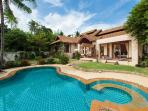 Baan Lily a stunning villa with pool and jacuzzi