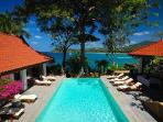 Secluded Baan Kata Keeree - 4 main buildings with private beach access & staff