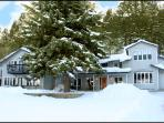 Tall Spruce House luxury home - Ski & Spa Deals!