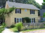 Idyllic 2 BR-1 BA House in Cape May (The Barn at the Shore 22569)