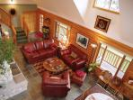 Water View Great Room w/Comfy Leather Furniture - Open Floor Plan
