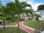 Villa Guido-Tropical 3Bd on West Coast near Beach