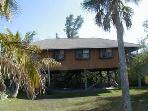 GULFVIEW ISLAND HOME, 4 Bedrooms (Sleeps up to 10)