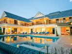 Individually designed 6 bed villa with mod cons
