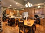 TREETOPS SKI in and out 3 BR lux TH