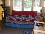 Front Bedroom - Trundle Bed