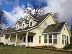 Vineyard Vacation Rental - The Yellow House
