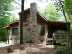 Pine Crest Cabin - Secluded Log Cabin Natural Wooded Setting