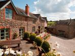Long Barn Luxury Holiday Cottage