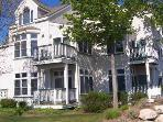 Adorable First Floor Condo, Steps to Lk MI Beaches
