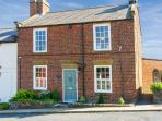CROFT VIEW, pet friendly, luxury holiday cottage, with open fire in Robin Hood'S Bay, Ref 6735