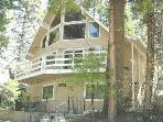 Summer Getaway, Beautiful, Clean, 3 Bdrm, Sleeps