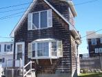 1 bedroom cottage on oceanfront lot - Moody Beach