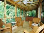 White River Cabin for 6, hot tub, fireplace, nice!