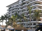 2 bedroom Puerto Vallarta condo on the beach