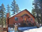 Evening Breeze Cabin a Big Bear Vacation Cabin for the whole family and dogs to enjoy with outdoor hot tub near Snow Summit Ski Resort.