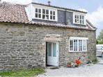 THIRLEY COTES COTTAGE, pet friendly, character holiday cottage, with open fire in Harwood Dale, Ref 7480