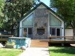 Holly House Bed & Breakfast & nightly cabin rental